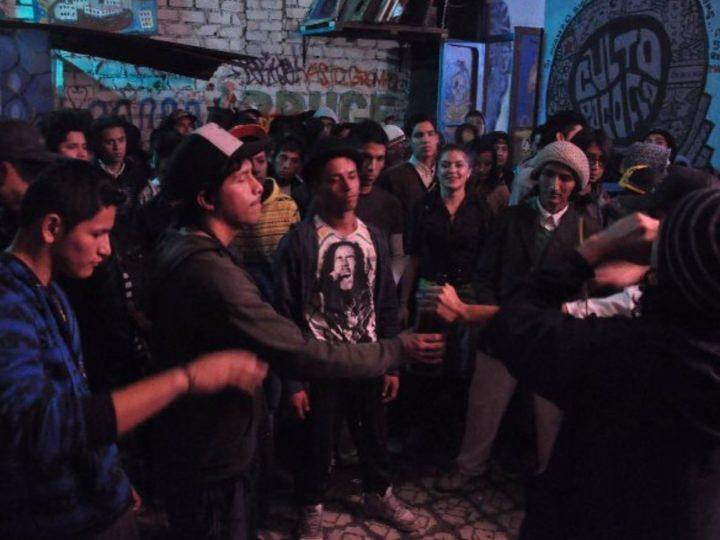 """""""En el Callao, los jóvenes raperos negocian sus emociones muy distinto a sus pares estadounidenses"""", dice Liuba Kogan"""